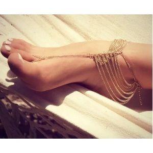 Jewelry - Gold barefoot Sandal